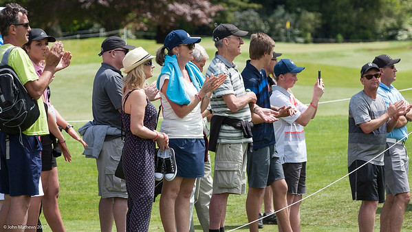 Fans enjoying the action on the 18th green on the 3rd day of competition  in the Asia-Pacific Amateur Championship tournament 2017 held at Royal Wellington Golf Club, in Heretaunga, Upper Hutt, New Zealand from 26 - 29 October 2017. Copyright John Mathews 2017.   www.megasportmedia.co.nz