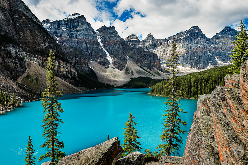 JM8_4205 Moraine Lake LPN r2.jpg