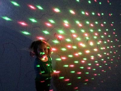 KIersten and rhe disco light