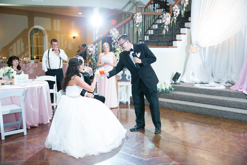 0938_Josh+Lindsey_Wedding.jpg