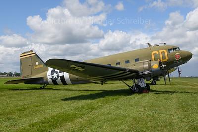 N47SJ Douglas DC3
