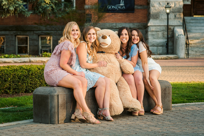 2018-0425 Caitlin and friends - GMD1091.jpg