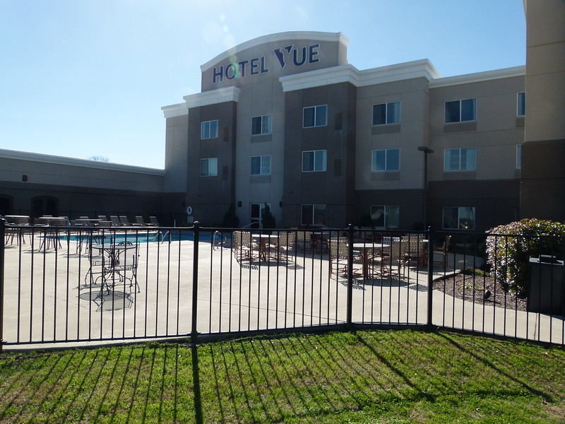001 Hotel Vue.JPG
