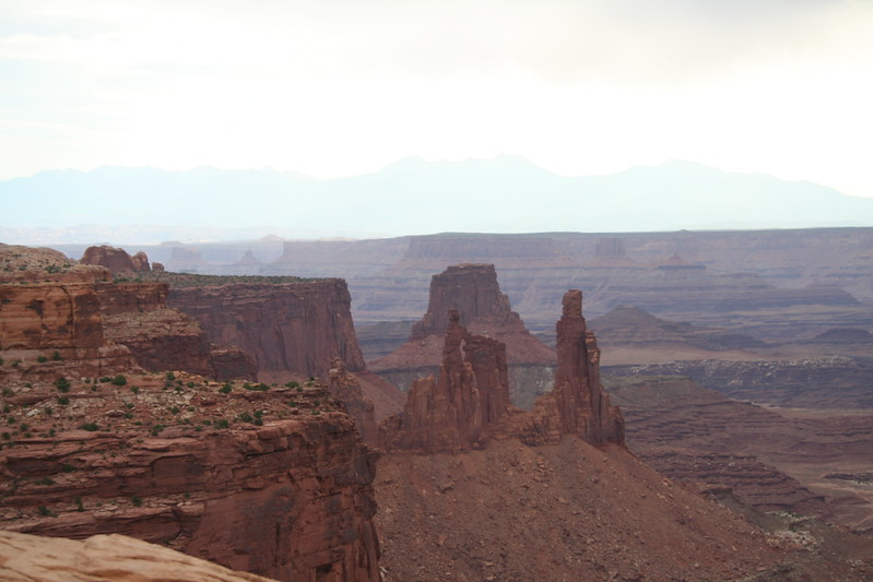 20080909-061 - Canyonlands NP Island in the Sky - 26 Washer Woman Arch.JPG