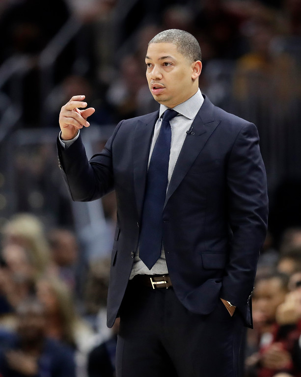 . Cleveland Cavaliers coach Tyronn Lue calls a play during the first half of Game 4 of basketball\'s NBA Finals against the Golden State Warriors, Friday, June 8, 2018, in Cleveland. (AP Photo/Tony Dejak)