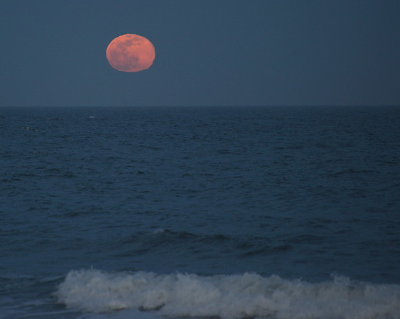 Moonrise in Belmar
