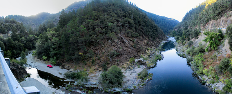 Grave Creek to the left, Rogue River to the right. It continues downstream behind me; panorama taken from the Grave Creek/Rogue River bridge.