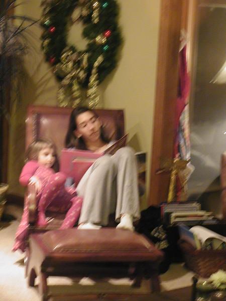 2007-12-01-JOY-Christmas-Theatre_008.jpg