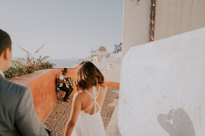 Tu-Nguyen-Destination-Wedding-Photographer-Santorini-Elopement-Alex-Diana-67.jpg