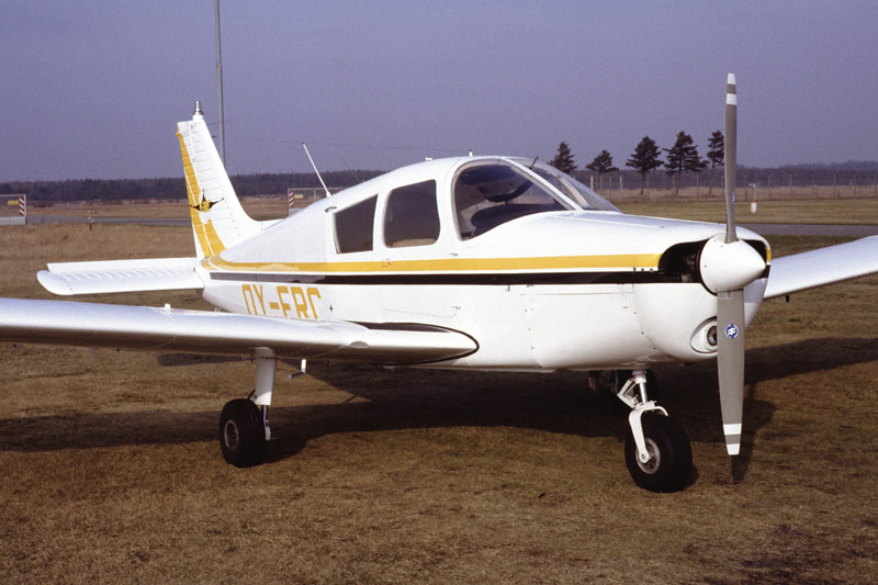 OY-FRC-PiperPA-28-140CherokeeF-Private-EKBI-1991-03-14-DF-39-KBVPCollection.jpg