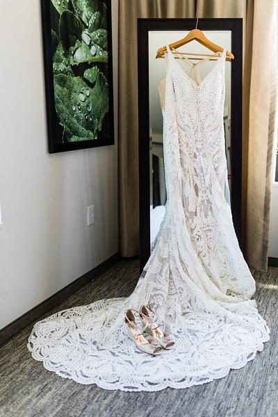 LINDSAY AND NIK - TYLER ARBORETUM WEDDING-19.jpg