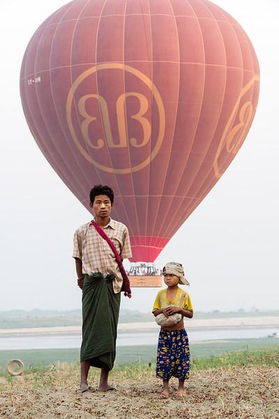 Mar122013_balloon-bagan_1583.jpg