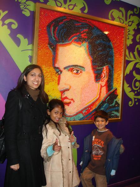 swati and kids in London 2008 153.JPG