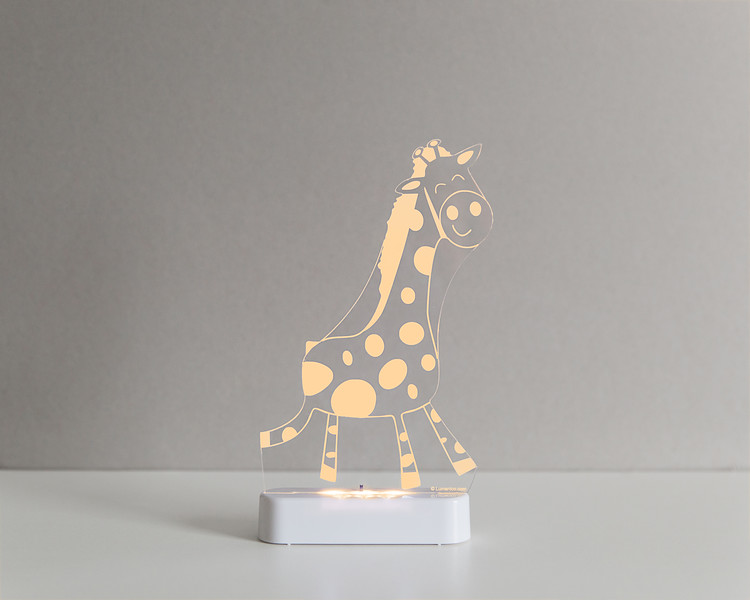 Aloka_Nightlight_Product_Shot_Giraffe_White_Yellowgolden.jpg