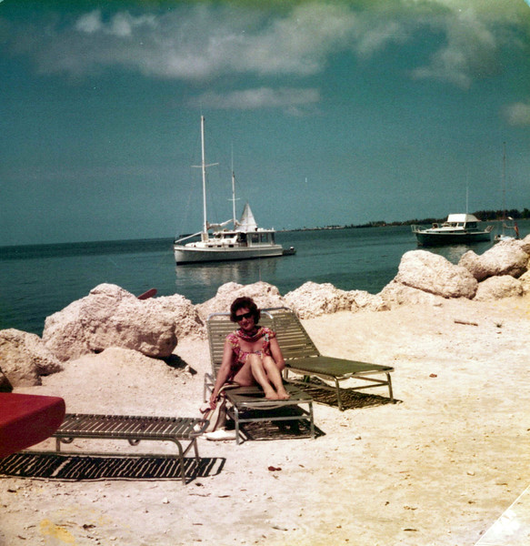 1976 Viv in Florida.jpeg