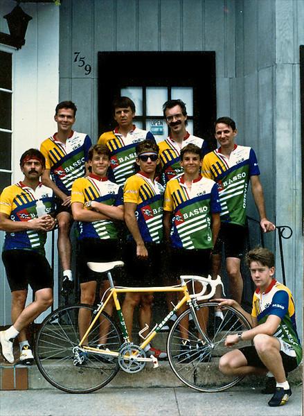 Bikes Unlimited Racing Team 1988.jpg