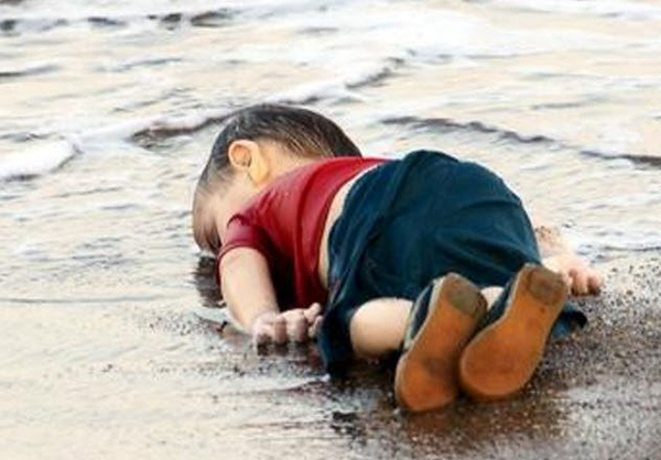 9-death-of-alan-kurdi.jpg