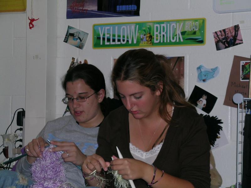 Knitting2.JPG