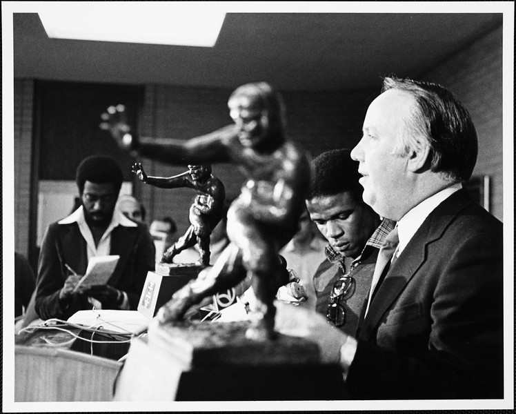 Charles White and John Robinson during Heisman Trophy press conference, 1979