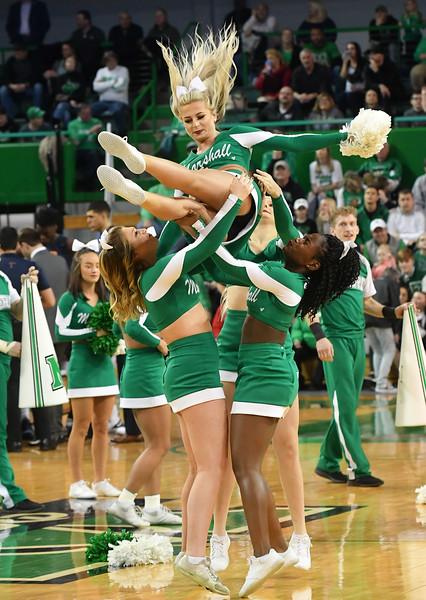 cheerleaders0711.jpg