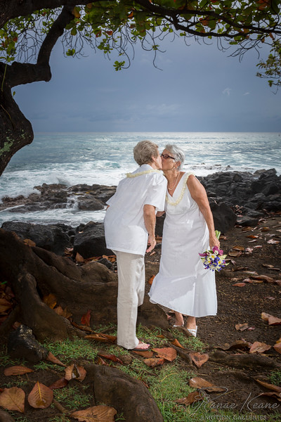 096__Hawaii_Destination_Wedding_Photographer_Ranae_Keane_www.EmotionGalleries.com__141018.jpg