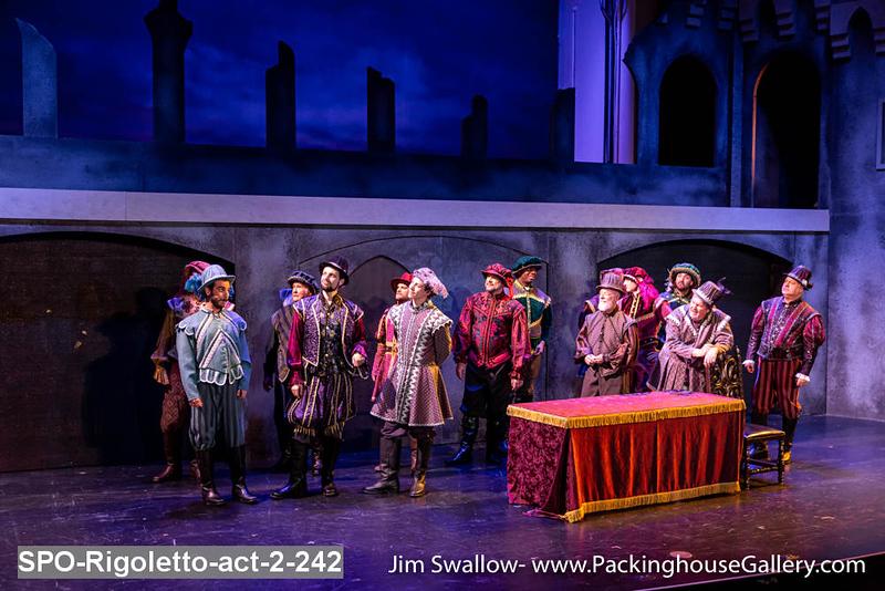 SPO-Rigoletto-act-2-242.jpg