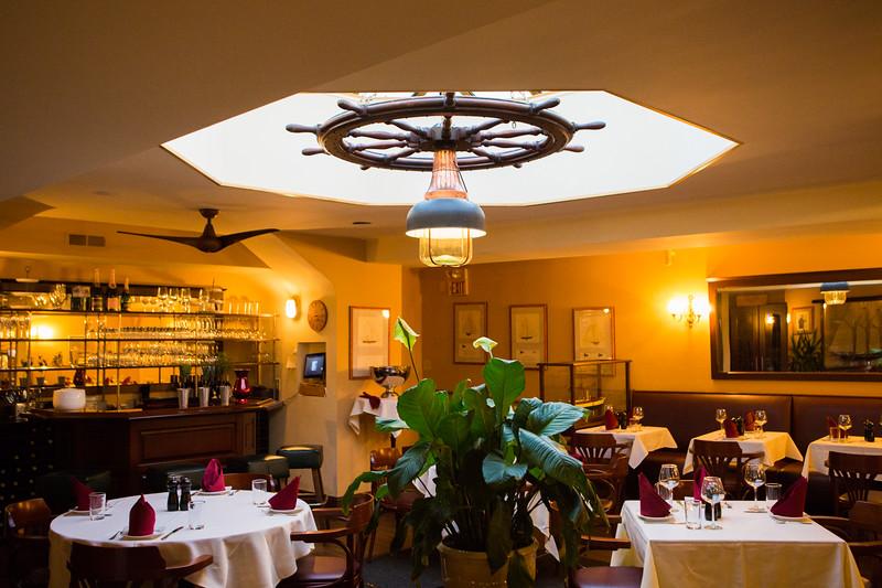 restaurant-125.jpg