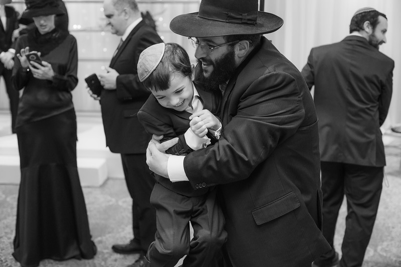 Miri_Chayim_Wedding_BW-182.jpg