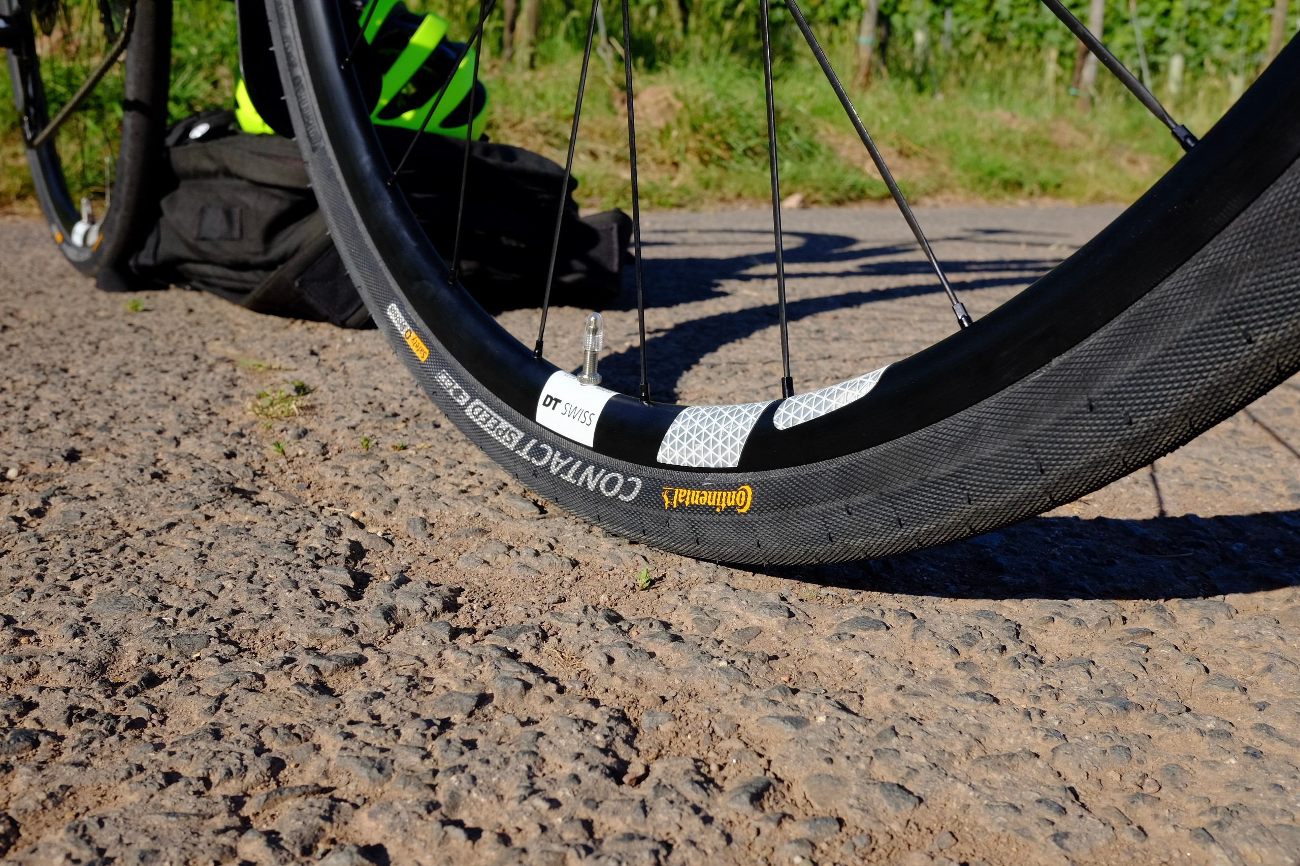 DT Swiss rim, Continental tyres, Flectr reflector