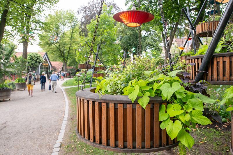 Tivoli Gardens - Scenic Gardens