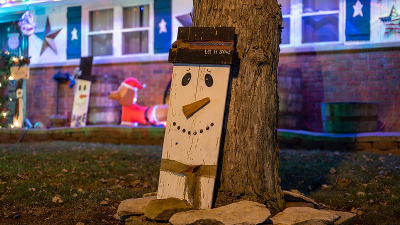 logan-elm-village-christmas-lights-116.jpg