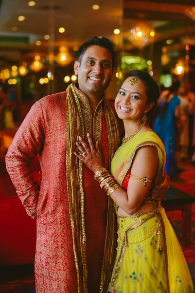 Charmi & Abhi Garba (37 of 578).jpg