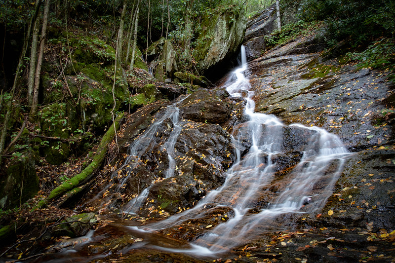 Little Beartrap Falls -- 3,750'