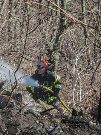 3-26-14 Brush Fire, Bear Mountain Bridge Road