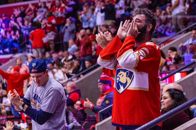Panthers fans cheer Noel Acciari's first period goal to put the Panthers ahead 1-0 against the Vancouver Canucks at the BB&T Center on Thursday, January 9, 2020. The Panthers would go on to win 5-2. [JOSEPH FORZANO/palmbeachpost.com]