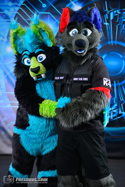 Police Wolf and Saber Glo-8.jpg