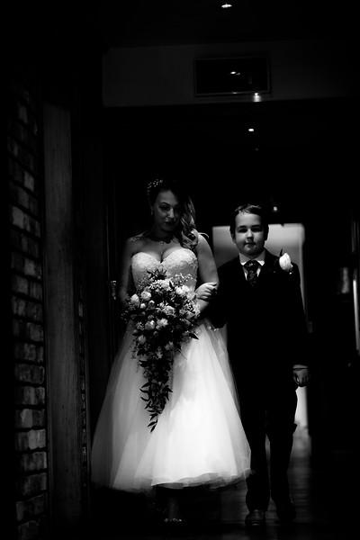 Sam_and_Louisa_wedding_great_hallingbury_manor_hotel_ben_savell_photography-0042.jpg