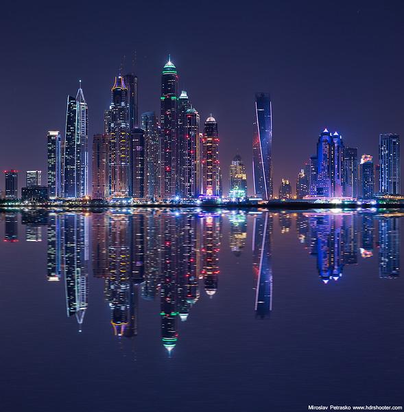 Dubai-IMG_6314-mirror-web.jpg