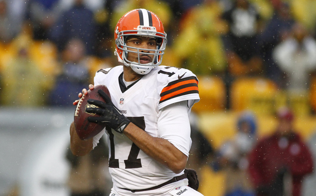 . Jason Campbell #17 of the Cleveland Browns drops back to pass against the Pittsburgh Steelers during the game on December 29, 2013 at Heinz Field in Pittsburgh, Pennsylvania.  (Photo by Justin K. Aller/Getty Images)