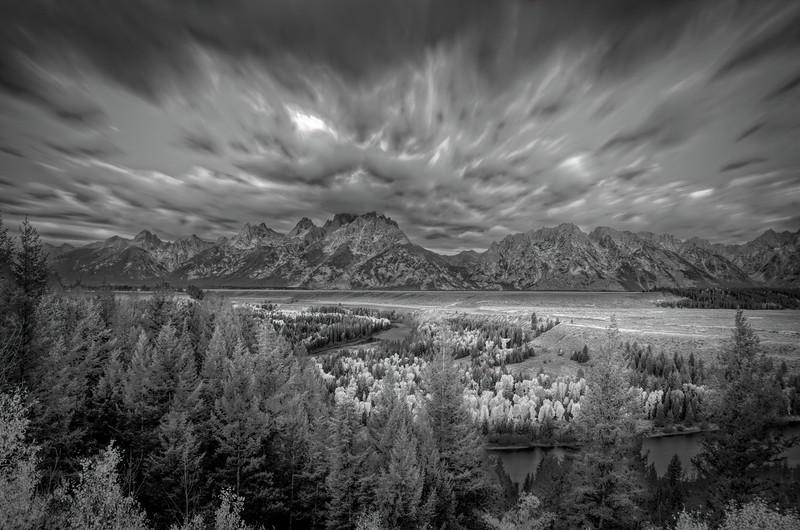Snake River Overlook BW (1 of 1).jpg