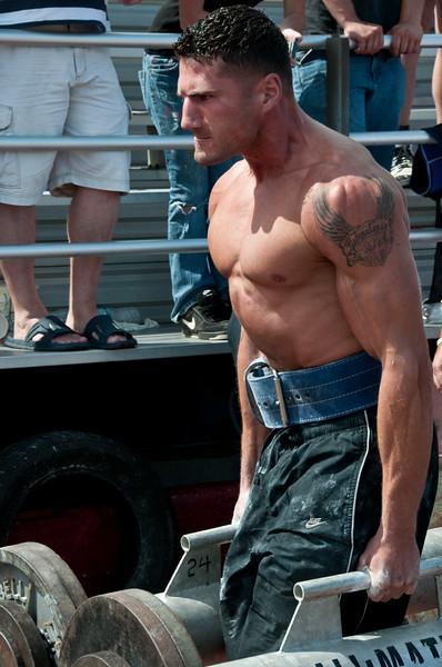 Strongman2009_Competition_DSC1974-1.jpg