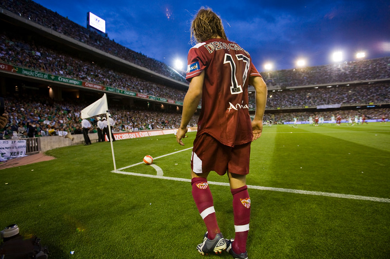 Diego Capel (Sevilla) about to perform a corner kick. Local derby between Real Betis and Sevilla FC which took place at Ruiz de Lopera stadium, Seville, Spain, on 11 May 2008.