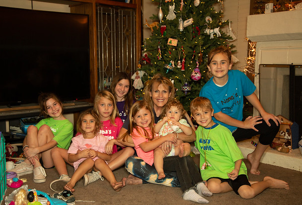 Grandkids at Grandmas Decoration Tree-11-6-20