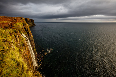 Morning at the Kilt Rock waterfall
