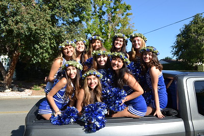 SMHS' Homecoming Parade Brings Out Proud Titans