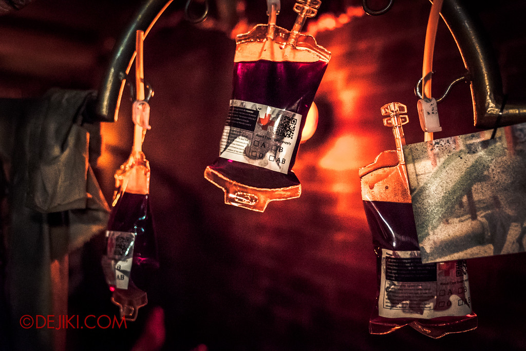 Halloween Horror Nights 6 - Bodies of Work / The workshop blood bags