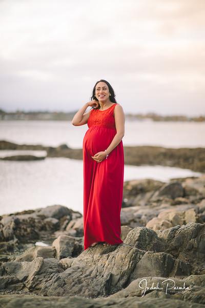 Kiran's Maternity Shoot - Cattle Point, Victoria BC. -74.jpg
