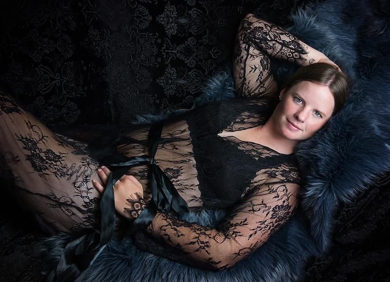 romantic elegant boudoir portraits iowa marion - 30.jpg