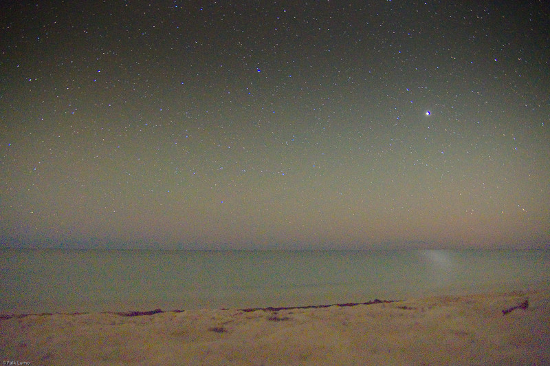 Ocean in Jupiter shine.