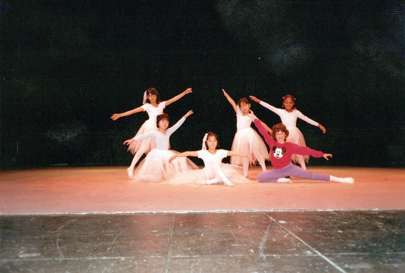 Dance_0357_a.jpg